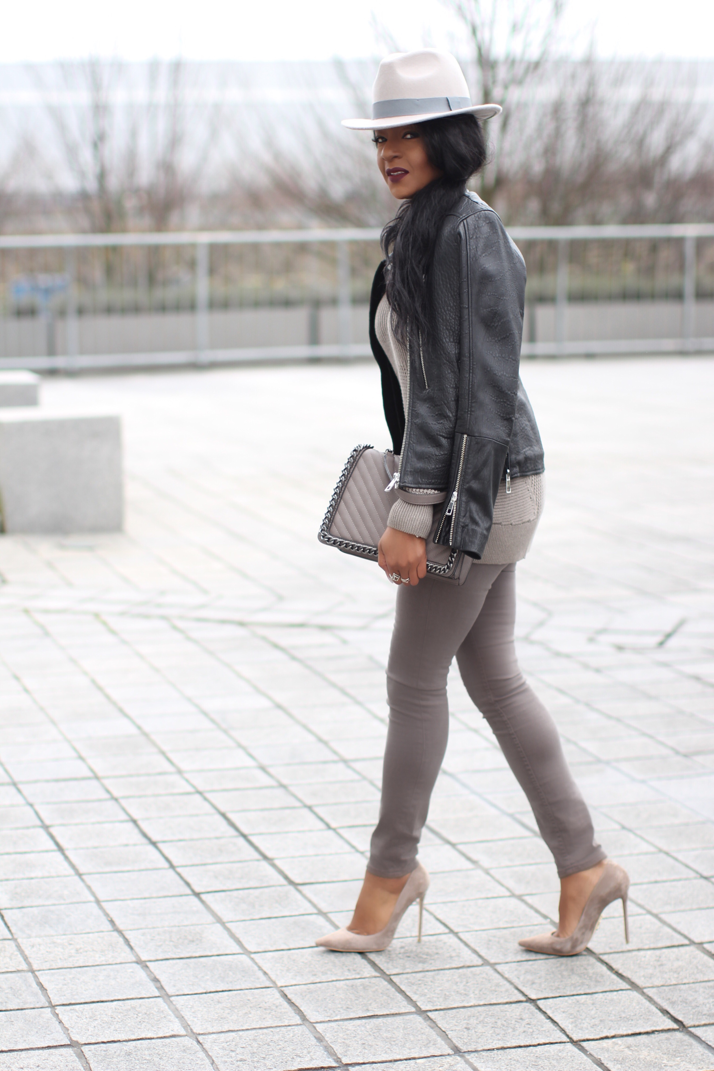 Taupe Casual Look