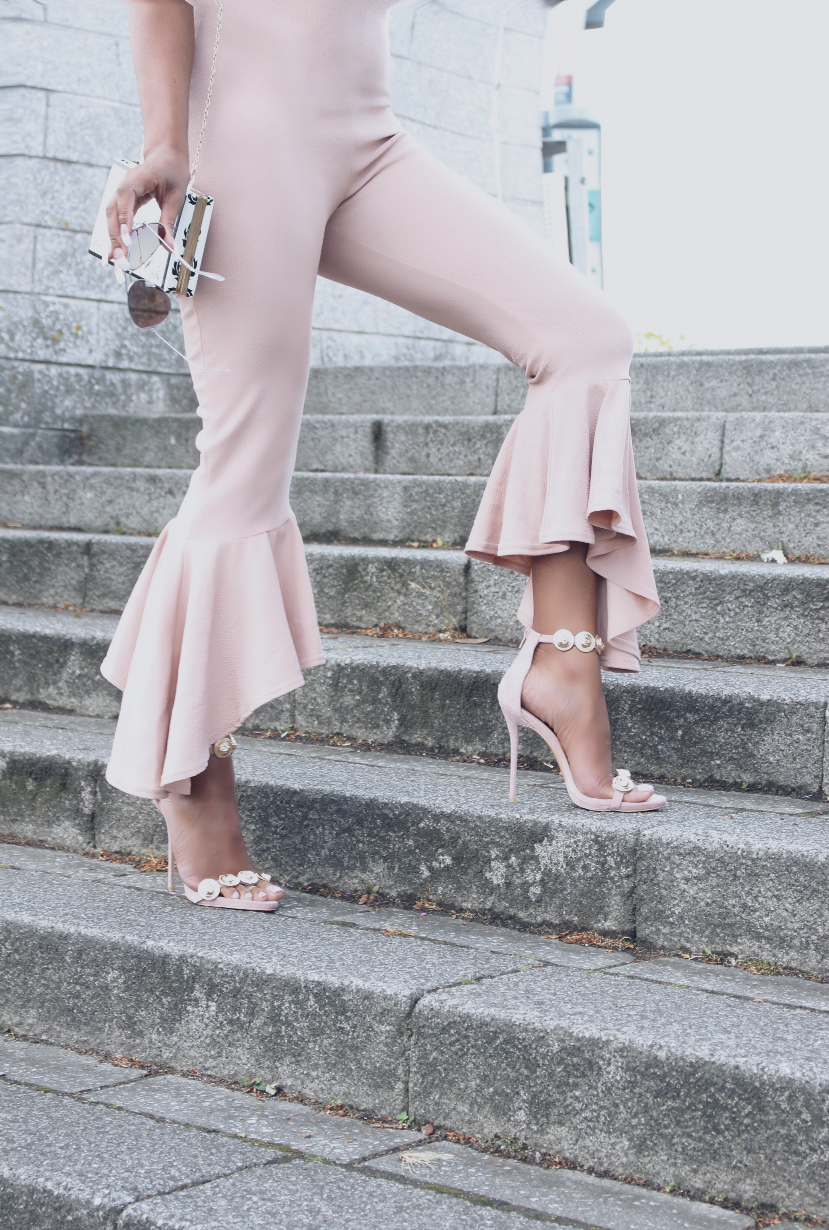 Nude Flares & Frills